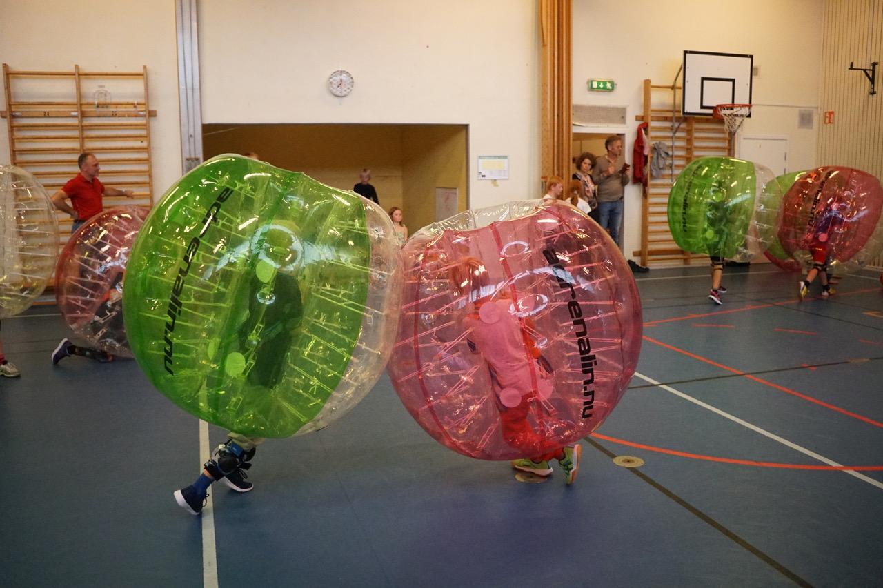 bubble football för barn